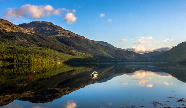 Lake and mountains in the Scottish Highlands
